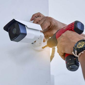 Pen Clawdd business cctv installation costs